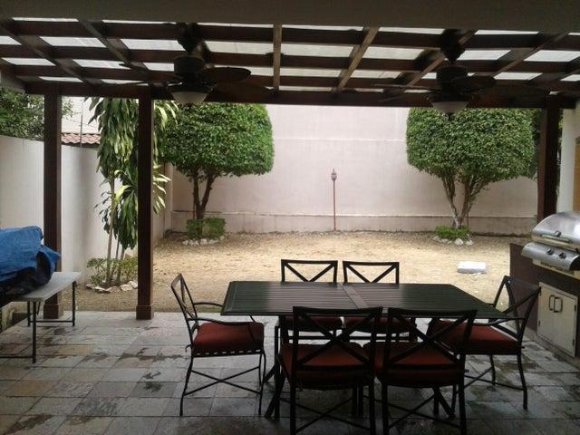 PANAMA VIP10, S.A. Casa en Venta en Altos de Panama en Panama Código: 17-1453 No.6