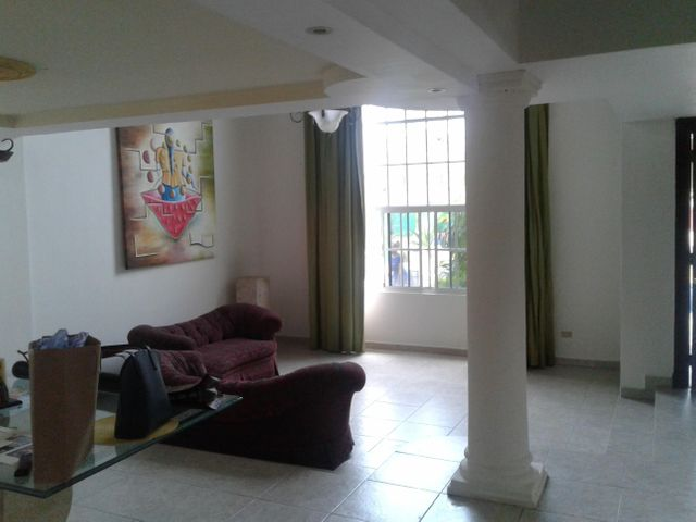 PANAMA VIP10, S.A. Casa en Venta en Altos de Panama en Panama Código: 17-1453 No.2