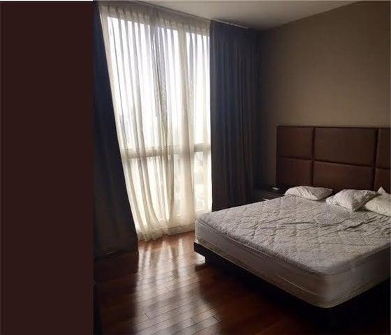 PANAMA VIP10, S.A. Apartamento en Venta en Obarrio en Panama Código: 17-1465 No.8