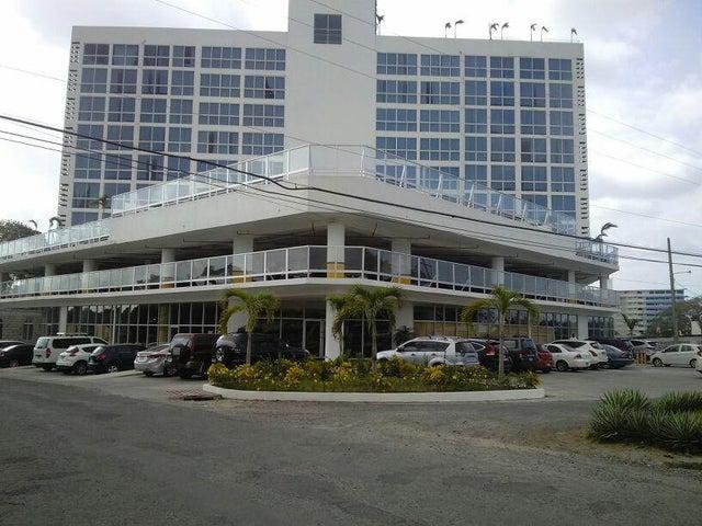 Apartamento / Alquiler / Chame / Coronado / FLEXMLS-17-1511