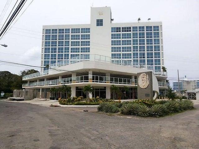 PANAMA VIP10, S.A. Apartamento en Venta en Coronado en Chame Código: 17-1512 No.1