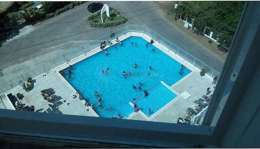 PANAMA VIP10, S.A. Apartamento en Venta en Coronado en Chame Código: 17-1512 No.3