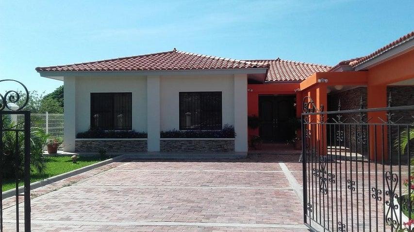 PANAMA VIP10, S.A. Casa en Venta en Coronado en Chame Código: 17-1611 No.2