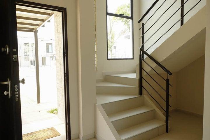 PANAMA VIP10, S.A. Casa en Venta en Costa Sur en Panama Código: 15-881 No.6