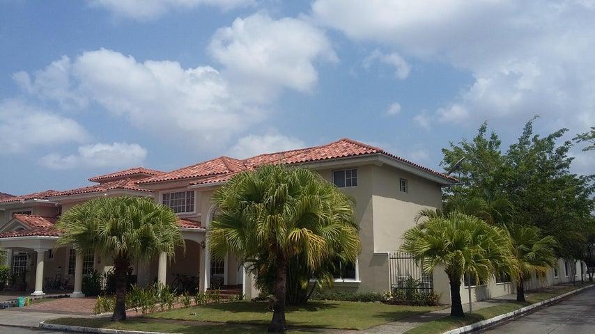PANAMA VIP10, S.A. Casa en Venta en Costa del Este en Panama Código: 17-1657 No.0