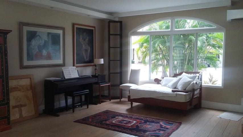 PANAMA VIP10, S.A. Casa en Venta en Costa del Este en Panama Código: 17-1657 No.1