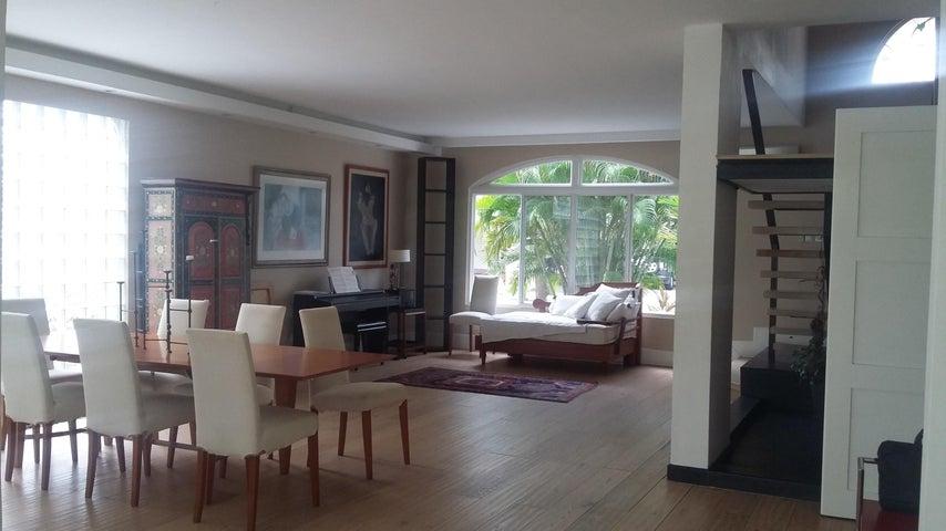 PANAMA VIP10, S.A. Casa en Venta en Costa del Este en Panama Código: 17-1657 No.2