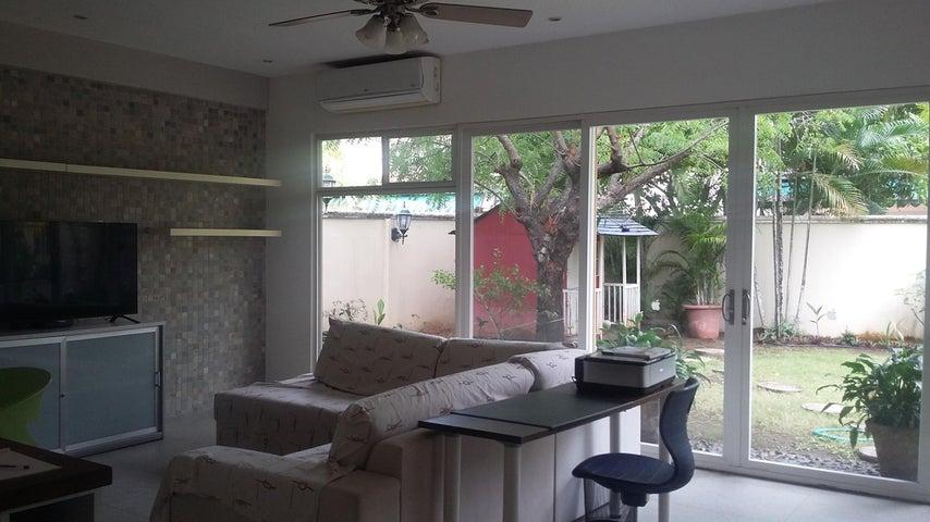 PANAMA VIP10, S.A. Casa en Venta en Costa del Este en Panama Código: 17-1657 No.8