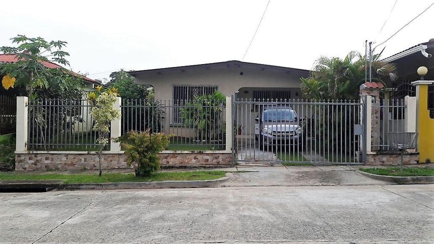 Casa / Venta / Panama Oeste / Arraijan / FLEXMLS-17-1680