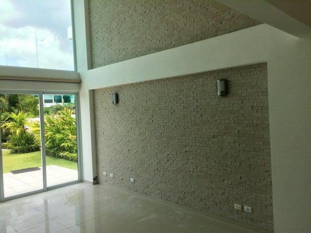 PANAMA VIP10, S.A. Casa en Venta en Costa Sur en Panama Código: 17-1681 No.2
