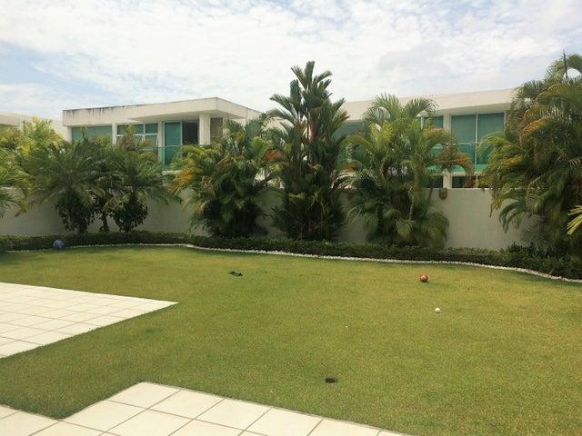 PANAMA VIP10, S.A. Casa en Venta en Costa Sur en Panama Código: 17-1681 No.5