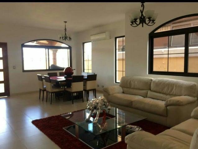 PANAMA VIP10, S.A. Casa en Venta en Costa Sur en Panama Código: 17-1694 No.3