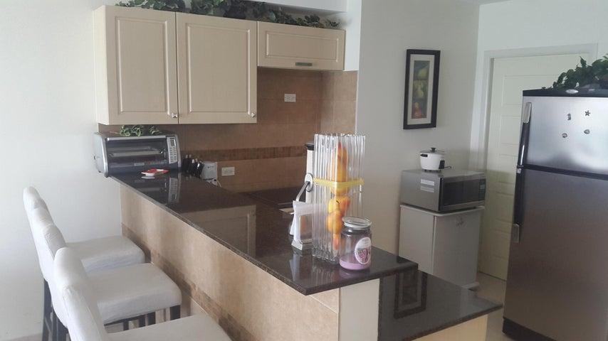 PANAMA VIP10, S.A. Apartamento en Venta en Coronado en Chame Código: 17-1711 No.5