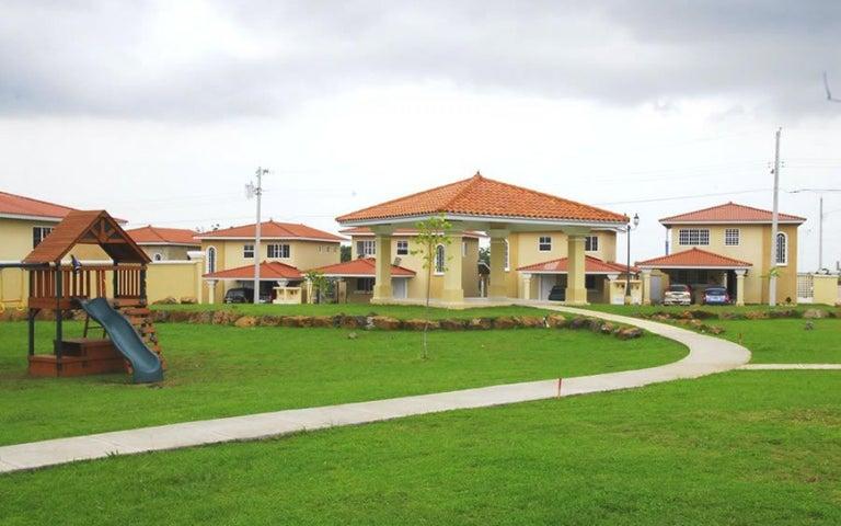 PANAMA VIP10, S.A. Casa en Venta en Brisas Del Golf en Panama Código: 17-2478 No.7