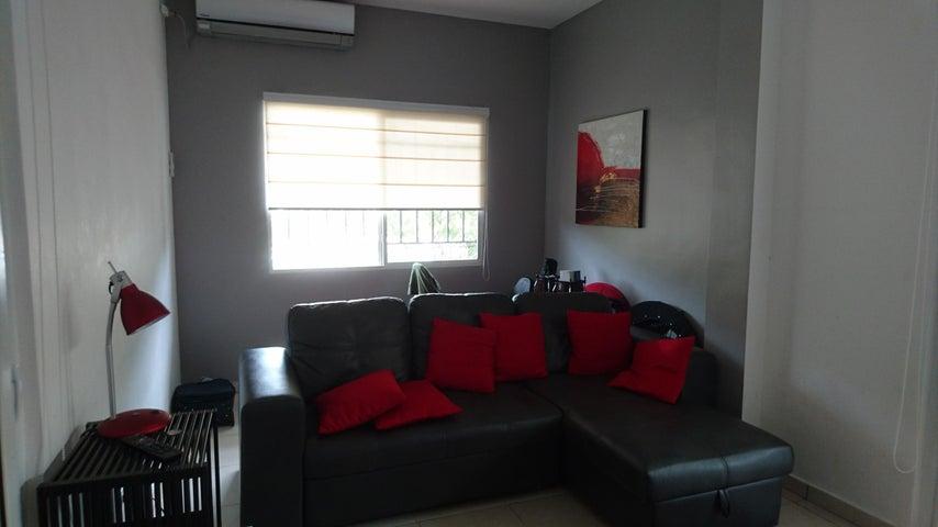 PANAMA VIP10, S.A. Casa en Venta en Brisas Del Golf en Panama Código: 17-2478 No.5