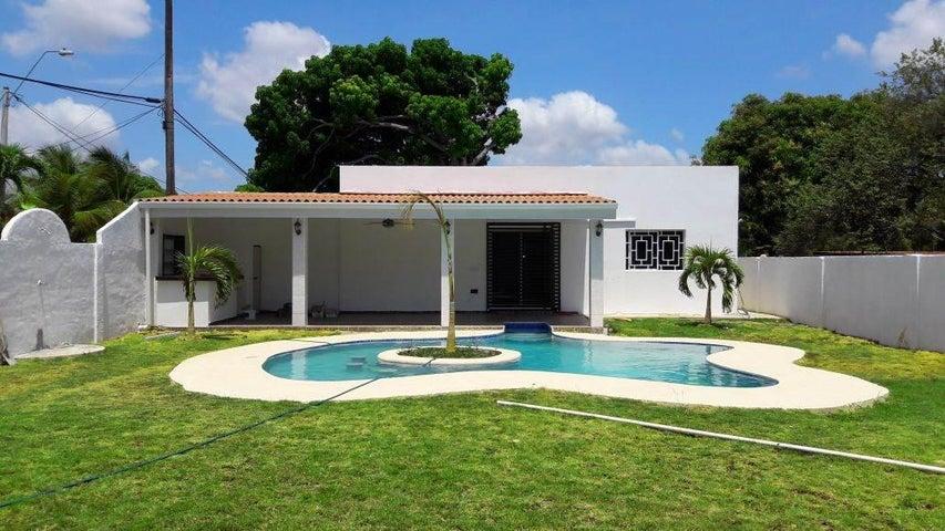 PANAMA VIP10, S.A. Casa en Venta en Coronado en Chame Código: 17-1829 No.0