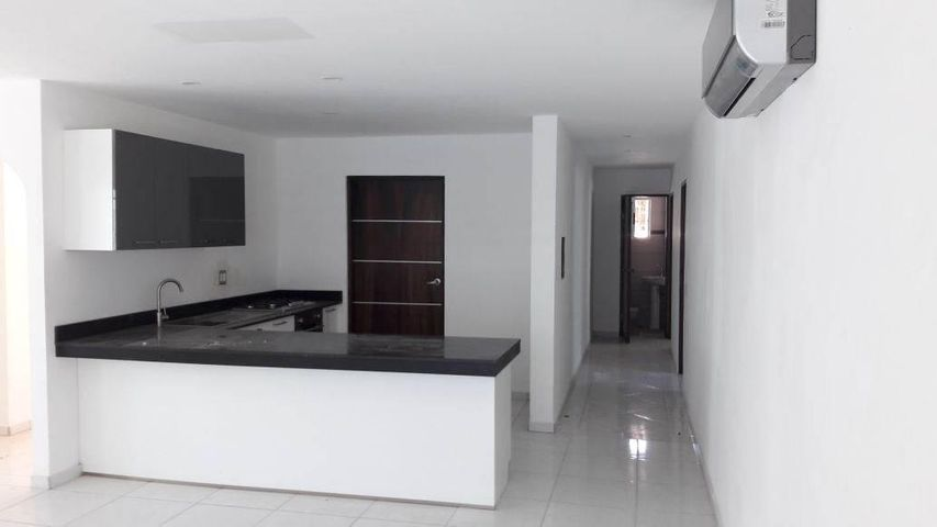 PANAMA VIP10, S.A. Casa en Venta en Coronado en Chame Código: 17-1829 No.2