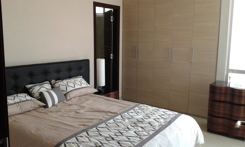 PANAMA VIP10, S.A. Apartamento en Venta en Costa del Este en Panama Código: 17-2006 No.6