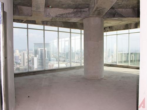 PANAMA VIP10, S.A. Oficina en Venta en Obarrio en Panama Código: 17-2011 No.2
