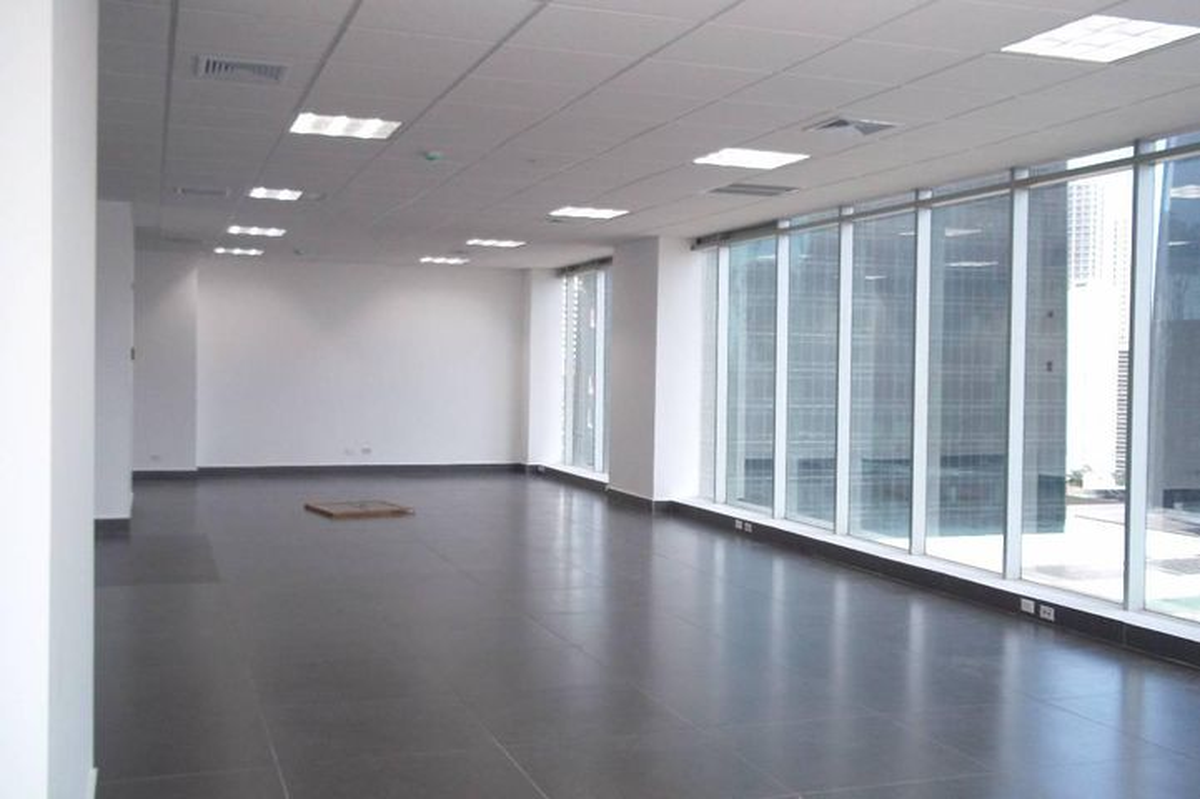 PANAMA VIP10, S.A. Oficina en Venta en Obarrio en Panama Código: 17-2011 No.3