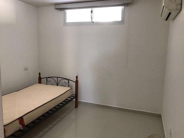 PANAMA VIP10, S.A. Apartamento en Venta en Altos de Panama en Panama Código: 17-2022 No.1