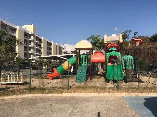 PANAMA VIP10, S.A. Apartamento en Venta en Altos de Panama en Panama Código: 17-2022 No.2
