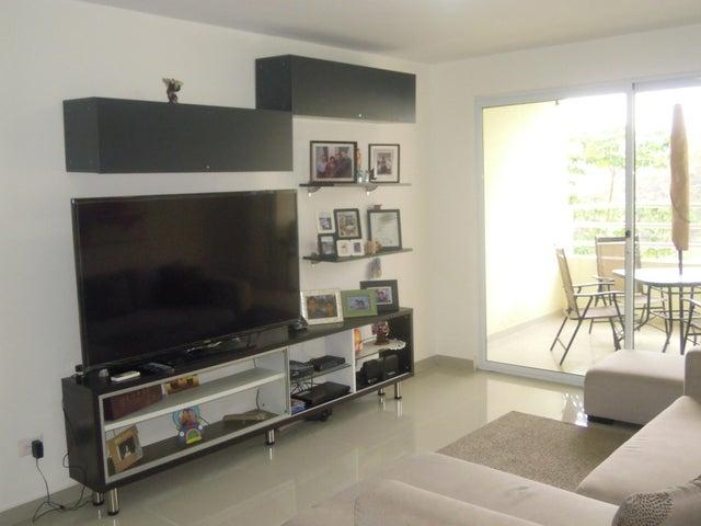 PANAMA VIP10, S.A. Apartamento en Venta en Altos de Panama en Panama Código: 17-2055 No.2