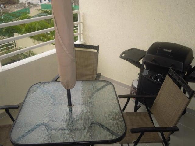 PANAMA VIP10, S.A. Apartamento en Venta en Altos de Panama en Panama Código: 17-2055 No.8