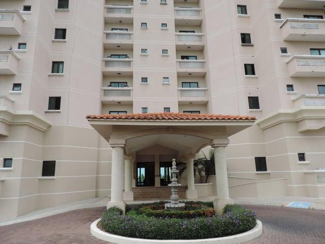 Apartamento / Venta / San Carlos / San Carlos / FLEXMLS-17-2170