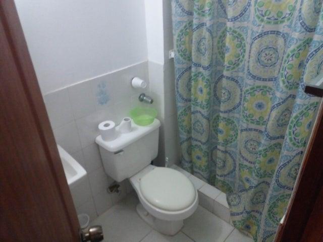 PANAMA VIP10, S.A. Apartamento en Venta en San Francisco en Panama Código: 17-2303 No.3