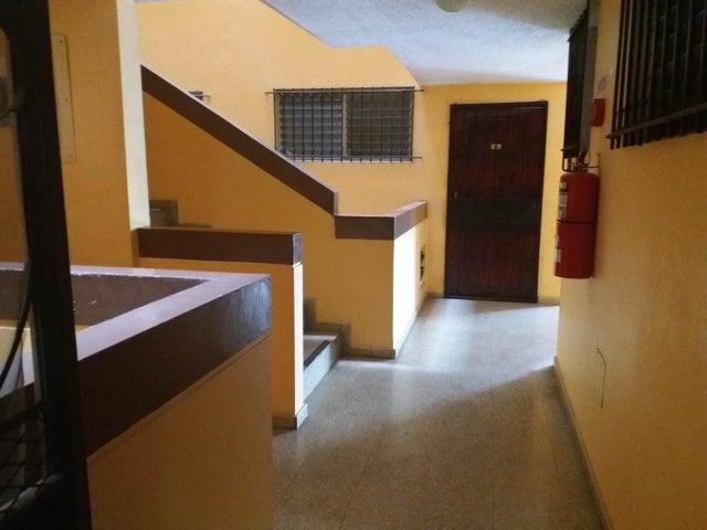PANAMA VIP10, S.A. Apartamento en Venta en San Francisco en Panama Código: 17-2303 No.9