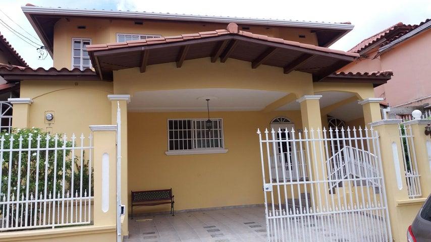 PANAMA VIP10, S.A. Casa en Venta en Brisas Del Golf en Panama Código: 17-2437 No.1