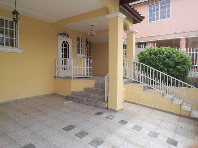 PANAMA VIP10, S.A. Casa en Venta en Brisas Del Golf en Panama Código: 17-2437 No.2
