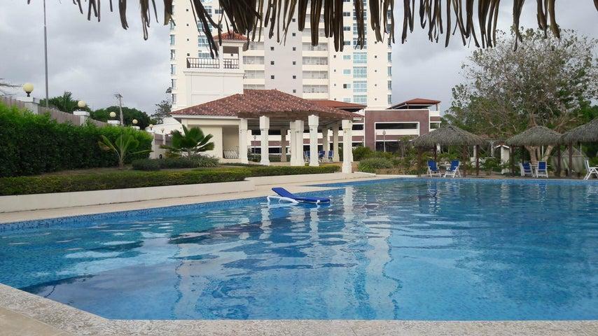 PANAMA VIP10, S.A. Apartamento en Venta en Coronado en Chame Código: 17-2408 No.3