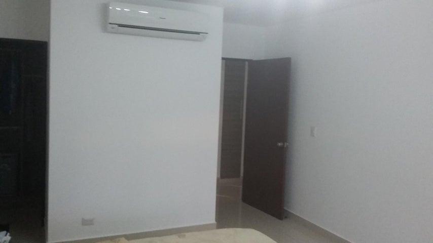 PANAMA VIP10, S.A. Apartamento en Venta en Costa del Este en Panama Código: 17-2428 No.8