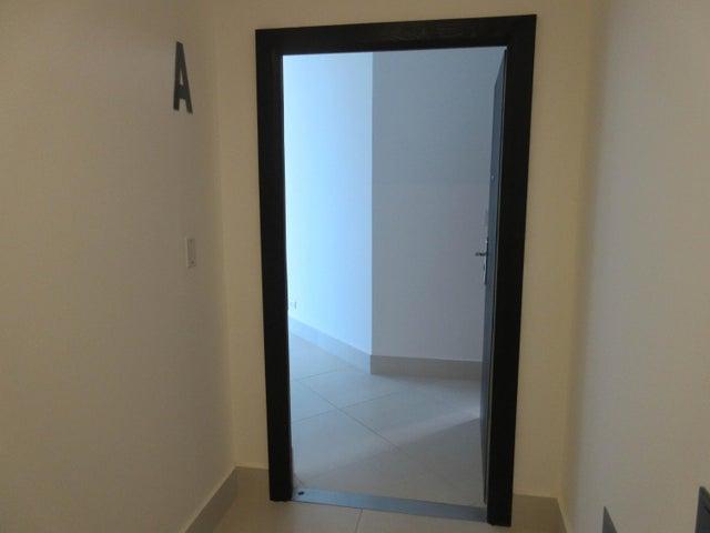 PANAMA VIP10, S.A. Apartamento en Venta en Costa del Este en Panama Código: 17-2475 No.3