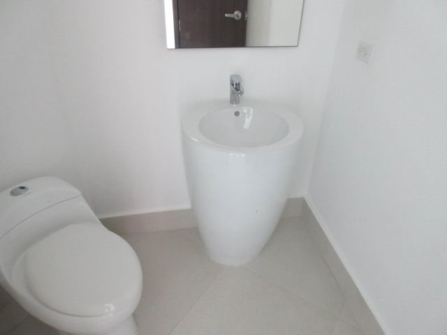 PANAMA VIP10, S.A. Apartamento en Venta en Costa del Este en Panama Código: 17-2475 No.5