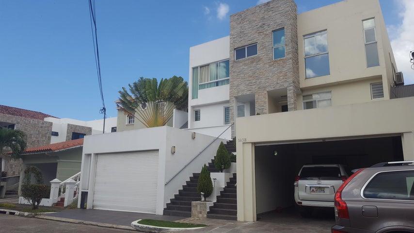 PANAMA VIP10, S.A. Casa en Venta en Altos de Panama en Panama Código: 16-2560 No.1