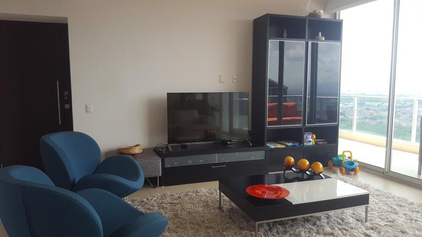 PANAMA VIP10, S.A. Apartamento en Venta en Costa del Este en Panama Código: 17-2528 No.3
