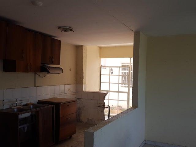 PANAMA VIP10, S.A. Apartamento en Venta en Costa del Este en Panama Código: 17-2953 No.5