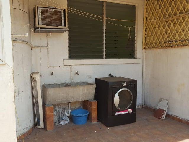 PANAMA VIP10, S.A. Apartamento en Venta en Costa del Este en Panama Código: 17-2953 No.9