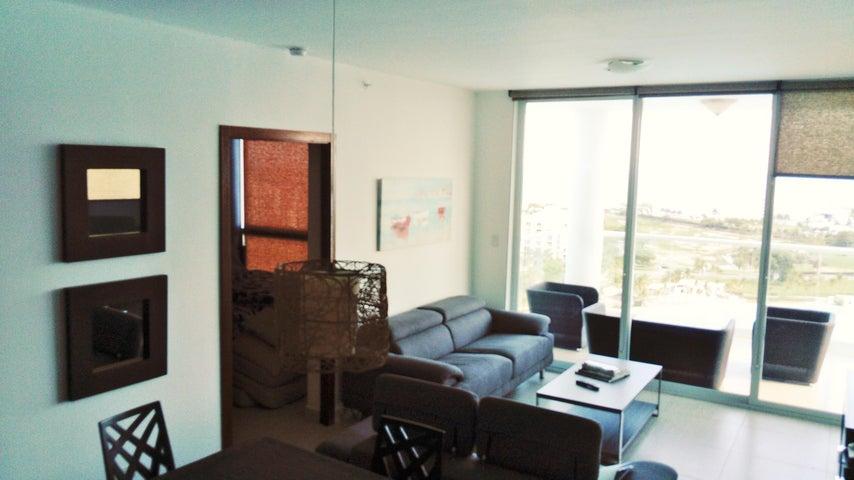 PANAMA VIP10, S.A. Apartamento en Alquiler en Playa Blanca en Rio Hato Código: 17-2548 No.3