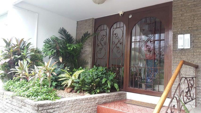 PANAMA VIP10, S.A. Apartamento en Alquiler en Paitilla en Panama Código: 17-2659 No.2