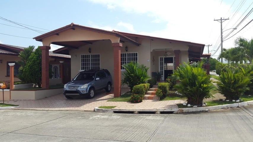 PANAMA VIP10, S.A. Casa en Venta en Brisas Del Golf en Panama Código: 17-2818 No.1