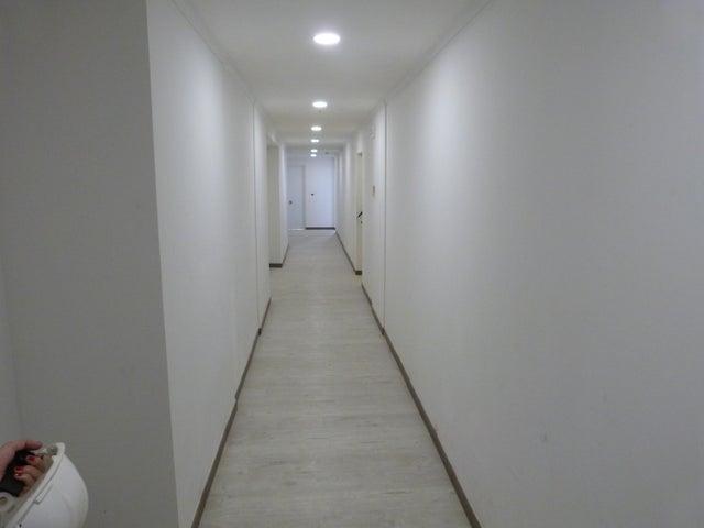 PANAMA VIP10, S.A. Apartamento en Venta en Coco del Mar en Panama Código: 17-2849 No.9