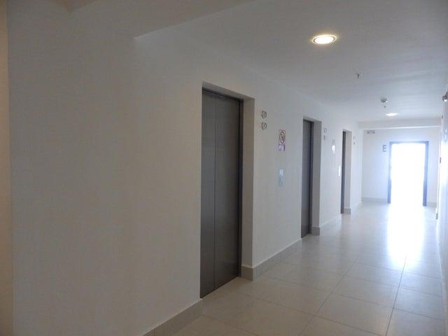 PANAMA VIP10, S.A. Apartamento en Alquiler en Costa del Este en Panama Código: 17-2858 No.2
