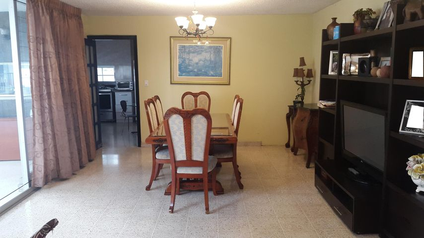 PANAMA VIP10, S.A. Apartamento en Venta en Marbella en Panama Código: 17-2932 No.4