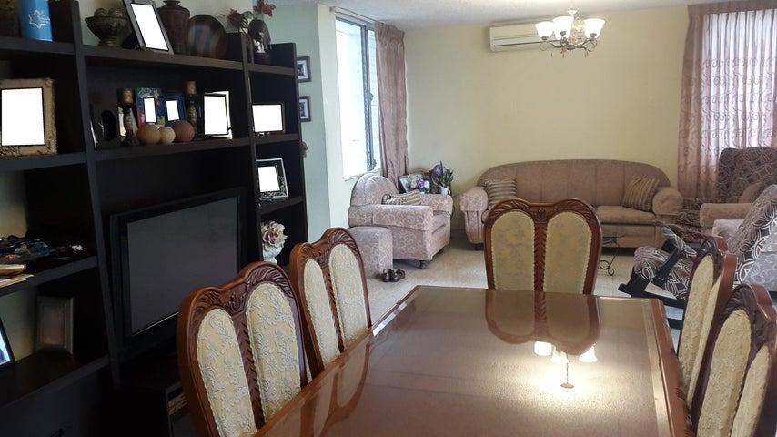 PANAMA VIP10, S.A. Apartamento en Venta en Marbella en Panama Código: 17-2932 No.6