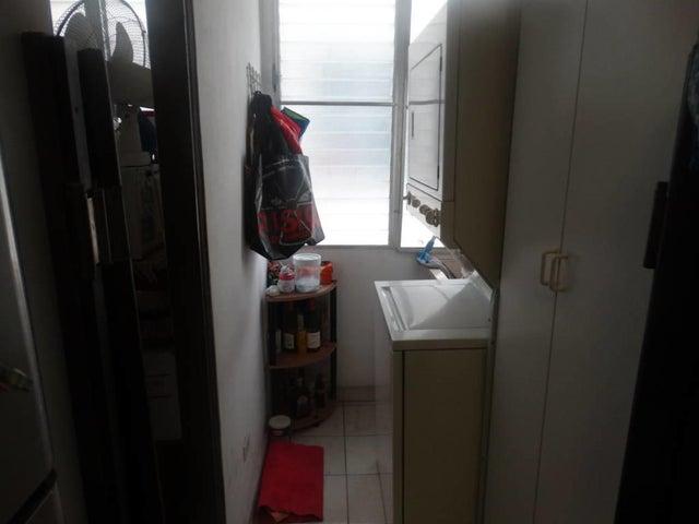PANAMA VIP10, S.A. Apartamento en Venta en Bellavista en Panama Código: 17-2956 No.7