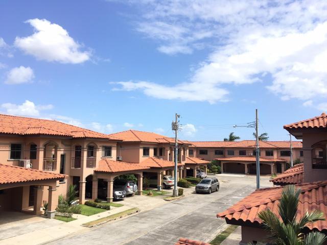 Casa / Venta / Panama / Versalles / FLEXMLS-17-3013